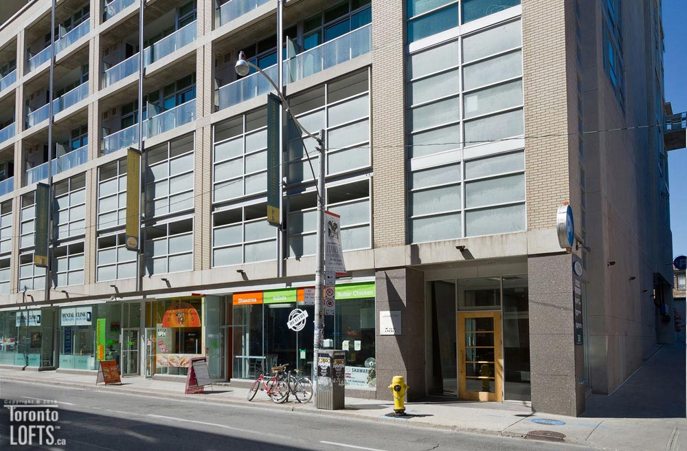 District lofts 417 toronto lofts for 388 richmond terrace