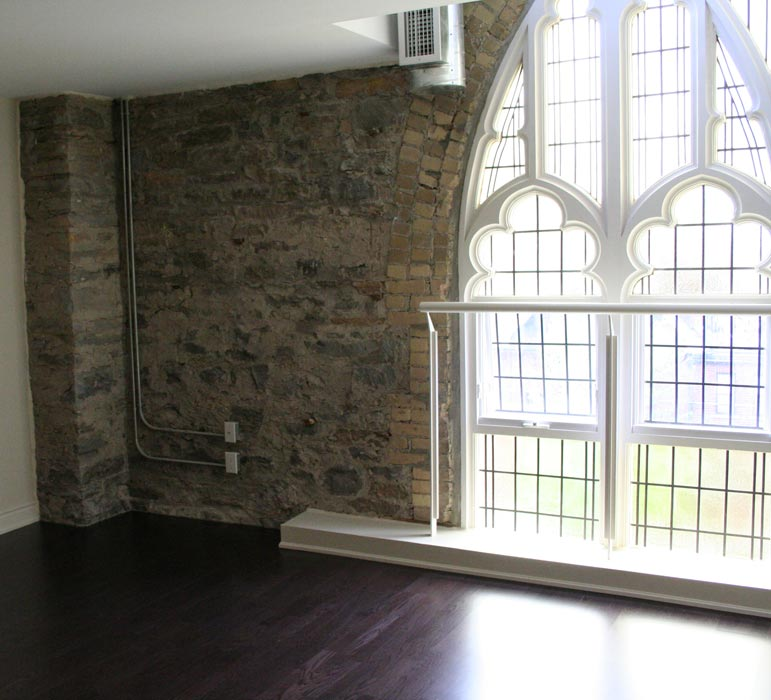 Abbey Lofts-384 Sunnyside Ave #204