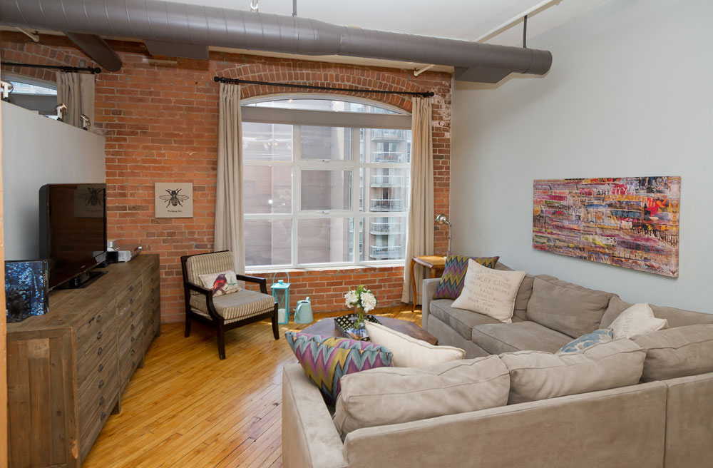 Imperial Lofts-80-90 Sherbourne St #606