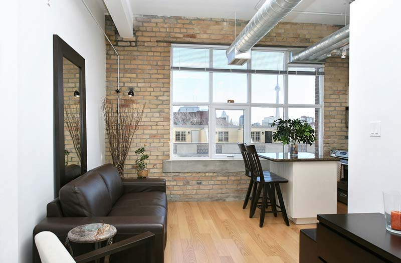 Chocolate Lofts-955 Queen St W #517
