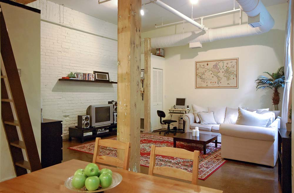 Stockyard Lofts-121 Prescott Ave #3