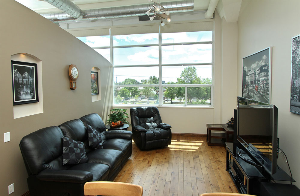 Forest Hill Lofts-1001 Roselawn Ave #306